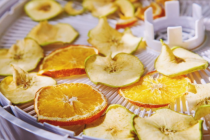 """""""Crispy fruits """" benefits and precautions that you should know before eating"""